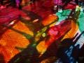 Glow in the Dark Eindhoven. Dit lichtkunstwerk wil een tegenpool zijn voor de hedendaagse sensatie en onrust. Tussen beweging en onbeweeglijkheid is een schaal gemaakt. Met behulp van handgeschilderde dia's en geometrische patronen wordt een drukke markt omgetoverd in een meeslepende ervaring die het publiek op eigen tempo kan ontdekken. De toeschouwer wordt uitgenodigd om te dralen en te ontspannen, te onderzoeken en te vertragen. Bijna 2 miljoen ANSI Lumen projectiekracht zorgt voor een waar lichtbad dat het publiek zal ontroeren. (november 2018)